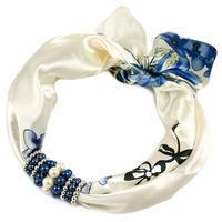 Šatka s bižutériou Letuška - bielo-modrá