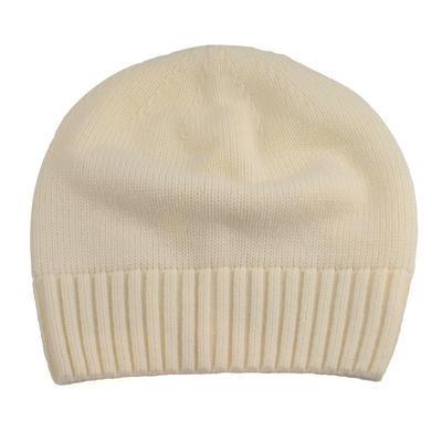 Pletená dámska čiapka - biela