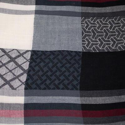 Šál teplý - čierno-biely s potlačou - 2