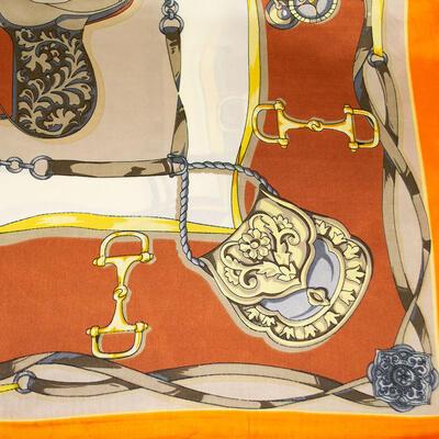 Šatka saténová malá - oranžovo-béžová s potlačou - 2