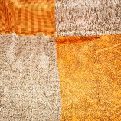 Šatka saténová malá - oranžovo-hnedá s potlačou - 2