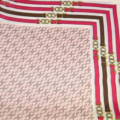 Šatka saténová malá - ružovobiela - 2